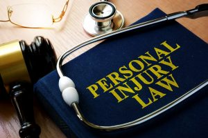 Avoiding Financial Strain While Waiting for an Injury Settlement
