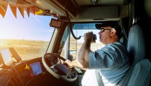 Study Reveals Nearly Half of Truck Drivers Are Prone to Sleep Apnea